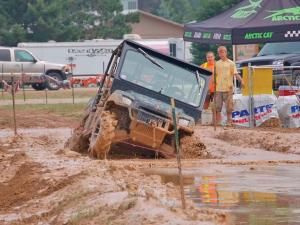 event.2012.st-helen-jamboree.michigan.polaris-ranger.front.mud-bogging.jpg
