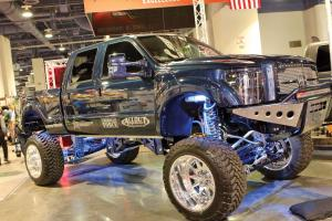 feature.2016.sema-expo.lifted-truck.jpg
