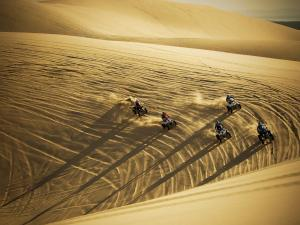 location.2011.atv-group.riding.sand-dunes.oregon-winchester.jpg