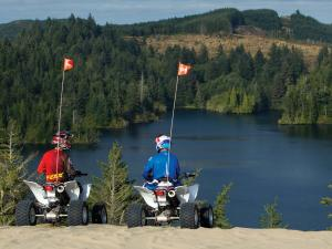 location.2011.atvs_.parked.by-lake.oregon-winchester.jpg