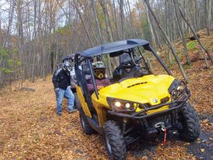 location.2012.anthracite-outdoor-adventure-area.can-am-commander.riding.on-trail.jpg