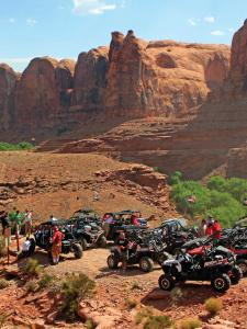 location.2014.moab-utah.atvs-and-utvs-parked.JPG