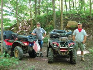 location.2014.windrock.tennessee.atv.parked.on-trail.jpg