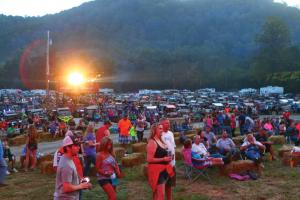 location.2015.camp-rzr-brimstone-recreational.concert-audience.jpg