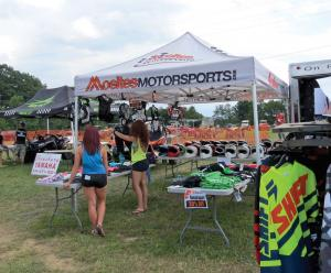 location.2016.red-rock-recreational-area-pennsylvania.vendor-row.jpg
