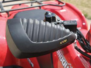 vendor.2011.koplin.atv-handguards.close-up.jpg