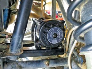 vendor.2013.kfi-winch.mount.on-polaris-rzr.JPG
