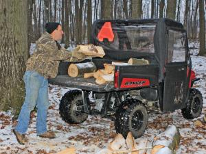 vendor.2013.seizmik.polaris-ranger-cab.loading-wood