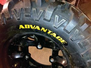 vendor.2014.beadbuster.vee-rubber-advtange-tire.jpg