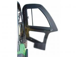 vendor.2014.curtis-industries.john-deere-gator.cabin-enclosure-door.jpg