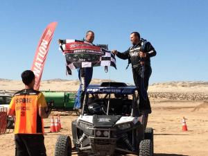 vendor.2014.jagged-x.racers.on-podium.at-score-desert-challenge.jpg