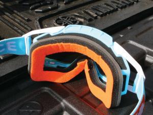 vendor.2014.spy-optic.happy-face-goggles.foam.JPG