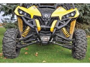 vendor.2015.vee-rubber.advantage-tires.on-can-am-maverick.front.JPG
