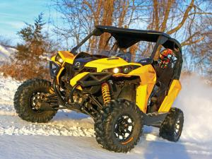 vendor.2015.vee-rubber.advantage-tires.on-can-am-maverick.front.in-snow.JPG
