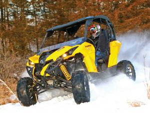 vendor.2015.vee-rubber.advantage-tires.on-can-am-maverick.in-snow.JPG