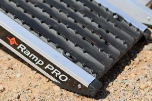 vendor.2016.caliber-ramp-pro.tread-plates.jpg