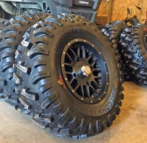 vendor.2016.gbc-tires.dirt-commander.wheel-and-tire.jpg