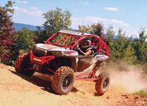 vendor.2016.houser-racing.custom-polaris-rzr1000.red_.front-left.riding.on-dirt.jpg