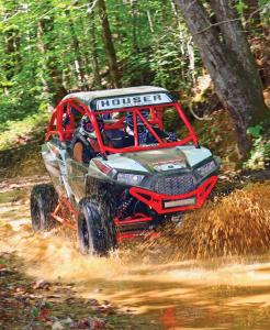 vendor.2016.houser-racing.custom-polaris-rzr1000.red_.front-right.riding.through-water.jpg
