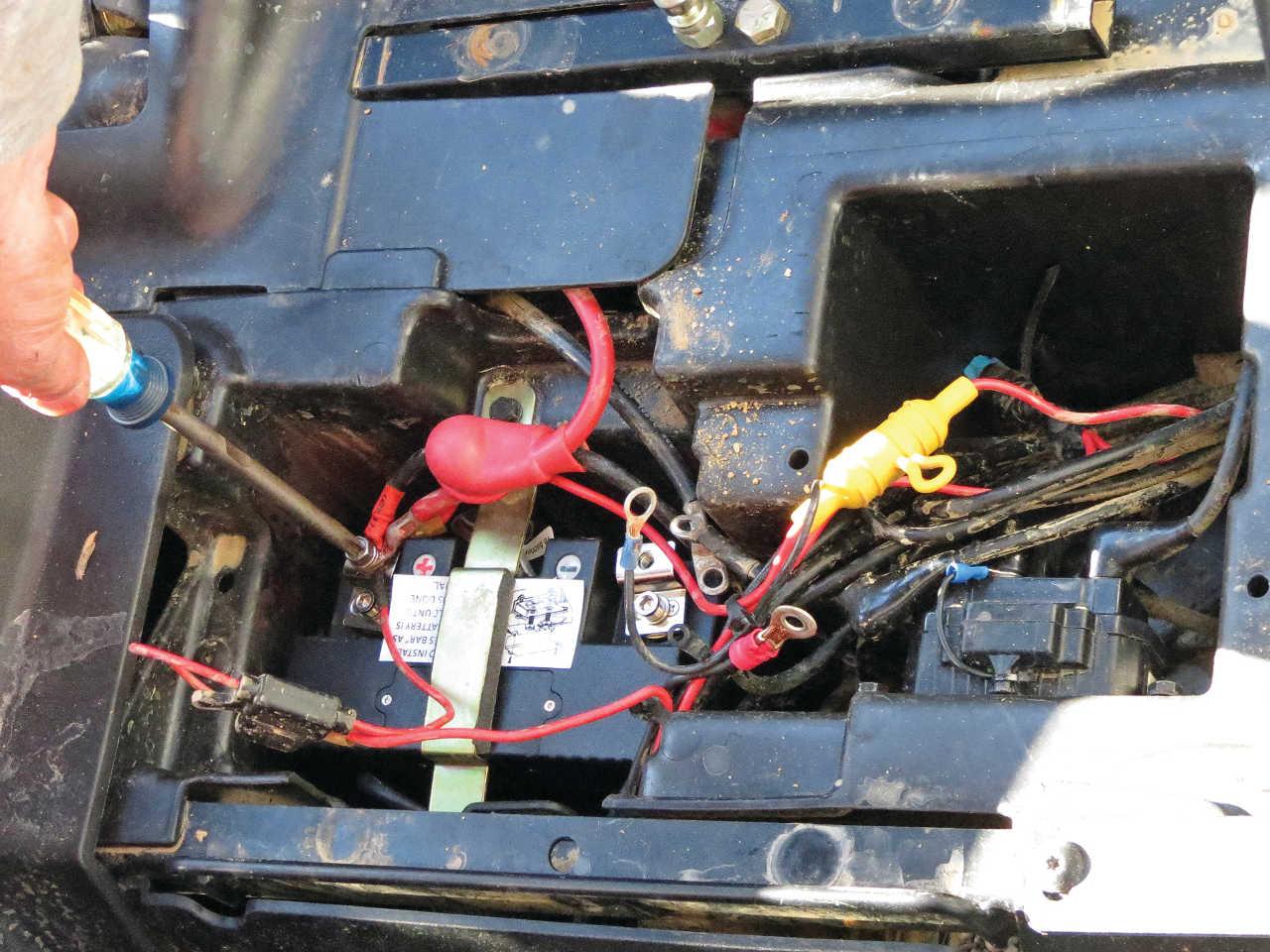 ... vendor.2014.shorai.lithium-iron-battery.installing.JPG