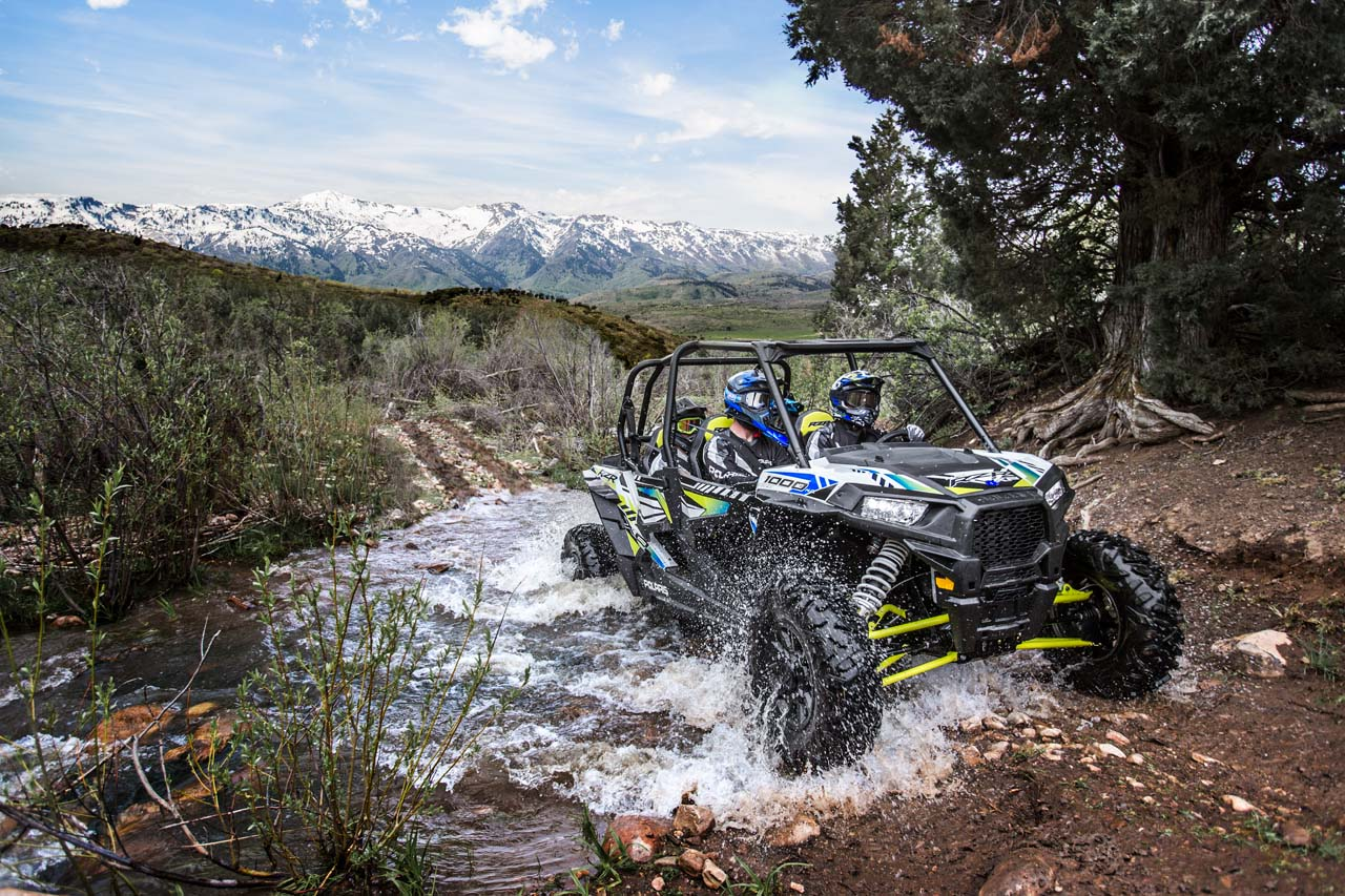 Come Standard With The Ride Command 7 Display Front And Rear Cameras In Door Audio Designed Specifically For Rzr To Bring Off Road Experience